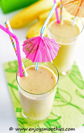 apple banana mango smoothie