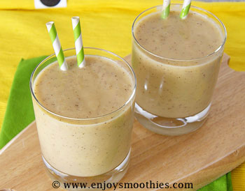banana kiwi melon smoothie