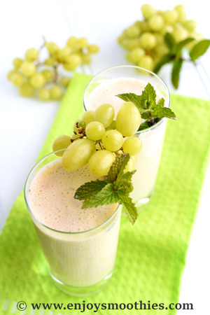 Pineapple, grape, coconut and mint smoothie