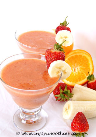 orange strawberry ginger smoothie