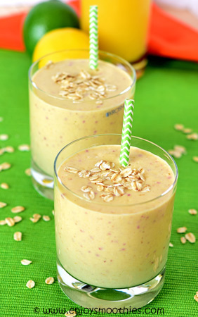 peachy banana oat smoothie