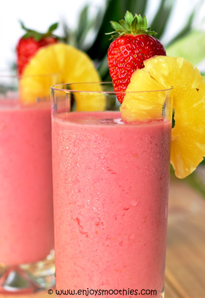 pineapple smoothies with strawberries