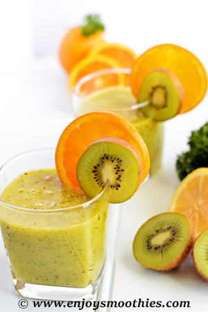 Vitamin C kiwi smoothie