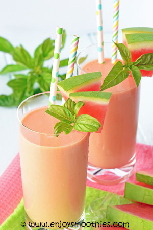 watermelon and mango ginger smoothie