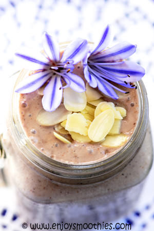 acai almond smoothie