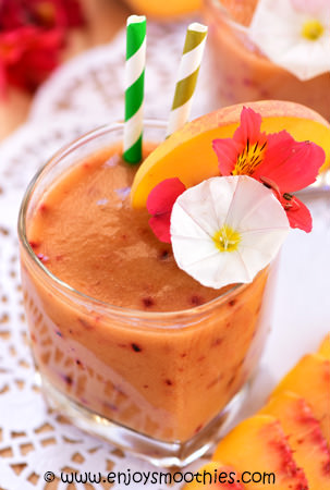 green tea smoothie with peaches, nectarines and plums