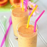 mango peach vanilla smoothie