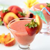 peach strawberry smoothie
